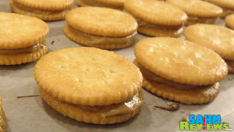Chocolate Covered Ritz & Peanut Butter with M&M's Crackers & PB #shop #bakingideas