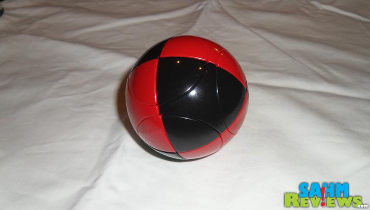 Marusenko Sphere Large Plaid
