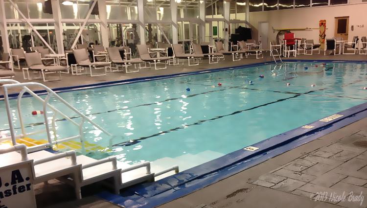 Essex Inn - Pool