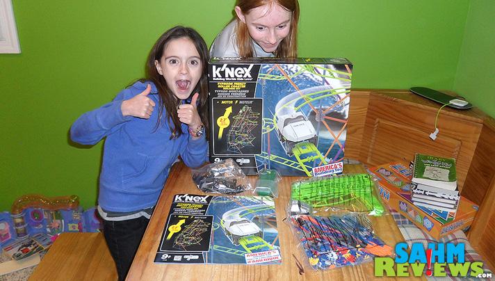 K'Nex Roller Coaster - Box Contents - SahmReviews.com