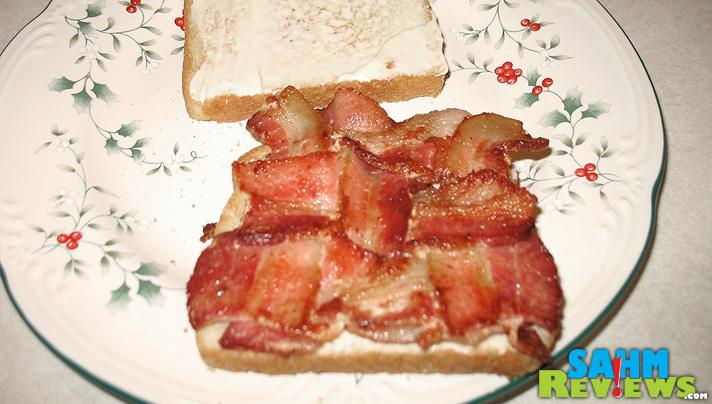 Easy Bacon Weave Sandwich - Step YUM - SahmReviews.com