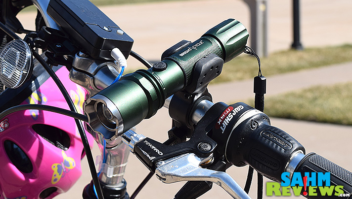 Probably the best bike light you can buy, at a price well below their competition. The Falcon bike light - see it at SahmReviews.com