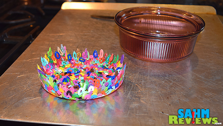 Create a cool bead bowl using unwanted melty beads. Super easy kid-friendly craft! - SahmReviews.com