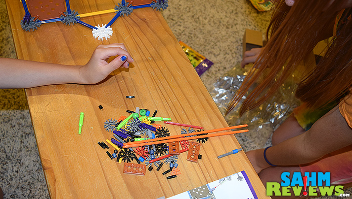 Kids can learn while having fun battling zombies with K'NEX! - SahmReviews #STEM