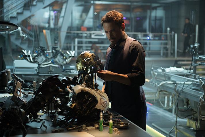 Robert Downey Jr stars as Tony Stark Iron Man in Avengers: Age of Ultron. - SahmReviews.com #Avengers #AgeofUltron