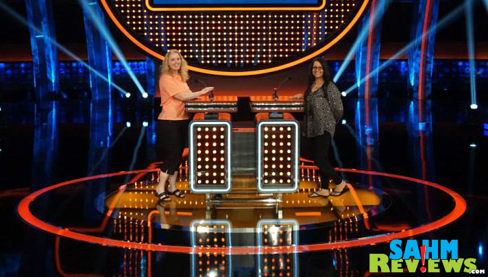 Being in the studio audience for Celebrity Family Feud was cool. Being onstage was unbelievable. - SahmReviews.com #CelebrityFamilyFeud #InsideOutEvent #ABCTVEvent