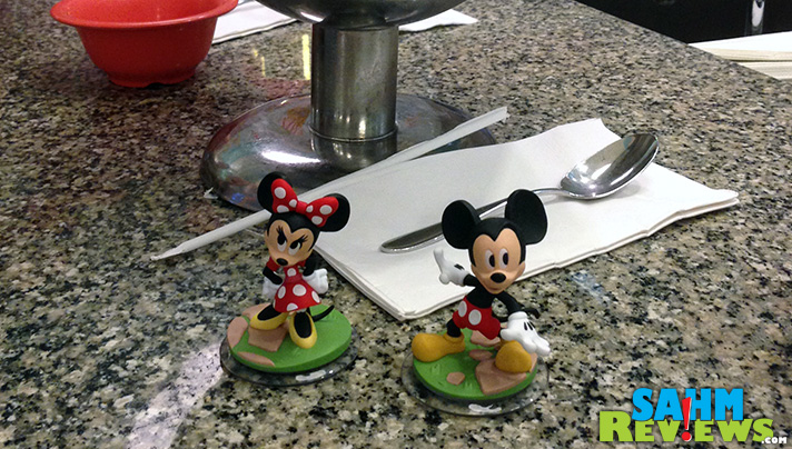 Disney Infinity 3.0 will include these adorable Mickey & Minnie figures! - SahmReviews.com #InsideOutEvent #DisneySMMC