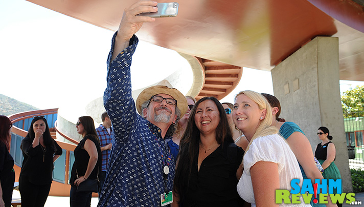 """What does Phineas and Ferb creator Jeff """"Swampy"""" Marsh do at a picnic? Take selfies, of course! - SahmReviews.com #PhineasandFerbEvent"""