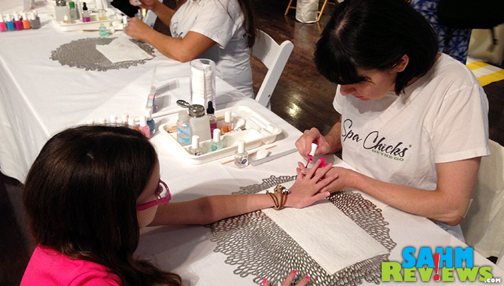 These lovely ladies from Spa on the Go did a fantastic job on her nails. - SahmReviews.com #GettingGorgeous