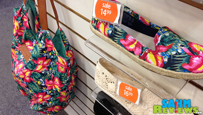 Payless ShoeSource  - Matching Accessories #PaylessInsider #SoleStyle