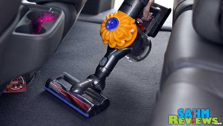 Use the Dyson V6 Slim to Vacuum the Car - SahmReviews.com