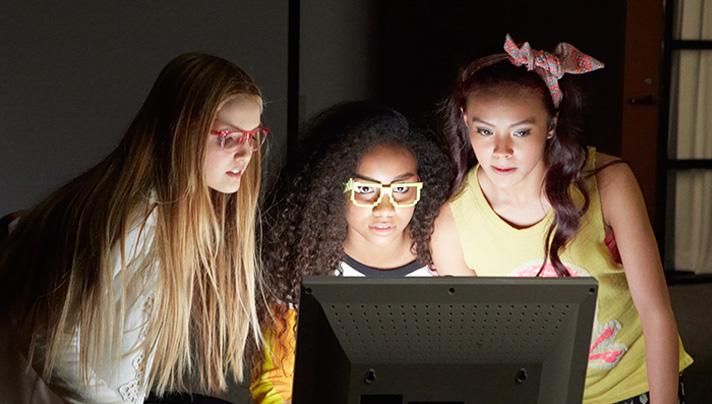 Netflix Original Project Mc2 offers girls some smart role models. - SahmReviews.com #SmartGirl #StreamTeam