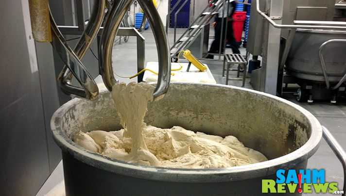 That's a LOT of dough. Pizza dough for Domino's! - SahmReviews.com #DPZBloggerDay15