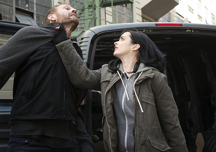 Tune in for the newest Netflix Original, Marvel's Jessica Jones. - SahmReviews.com #StreamTeam