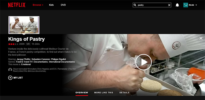 You can stream all kinds of cooking shows on Netflix. Let's watch some bakers piping! - SahmReviews.com #StreamTeam