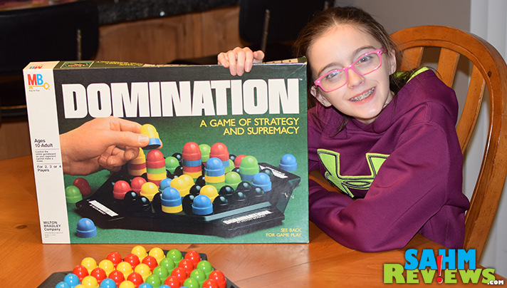 We're always excited to find new abstract games for our collection. This copy of Domination by Milton Bradley hadn't been played in 30+ years! - SahmReviews.com