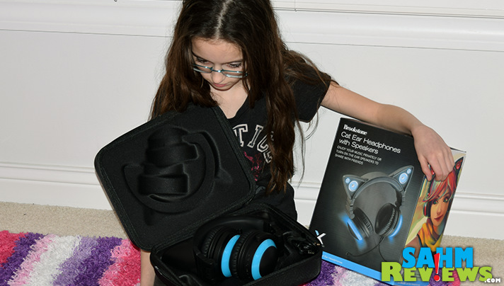 Keep your Brookstone cat ear headphones safe in their own carry case. - SahmReviews.com