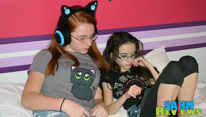 Brookstone's Cat Ear Headphones double as speakers! - SahmReviews.com