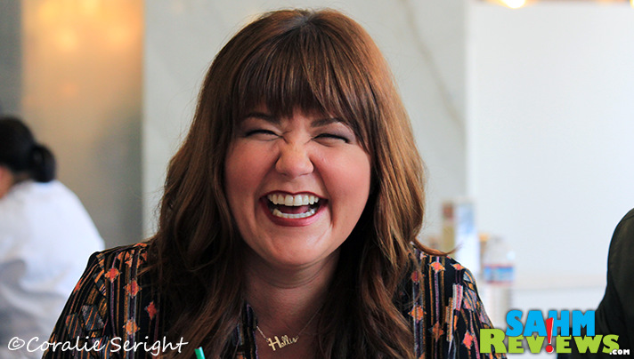 The Real O'Neals provides laughs on set and off for Mary Hollis Inboden. - SahmReviews.com #TheRealONeals #ABCTVEvent #CaptainAmericaEvent