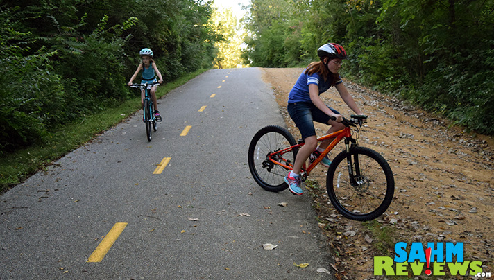 Islabikes Beinn is perfect for smooth rides and Islabikes Creig is great for going off the beaten path. - SahmReviews.com
