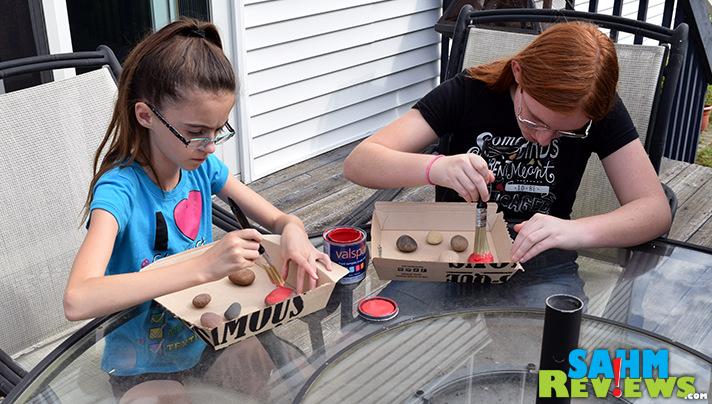 DIY Pet Rock Ladybugs! Check out our tutorial. Easy, kid-friendly! - SahmReviews.com