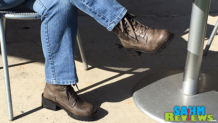 Autumn means it is time to pull on the Lugz Flirt Hi Zip Boots! - SahmReviews.com