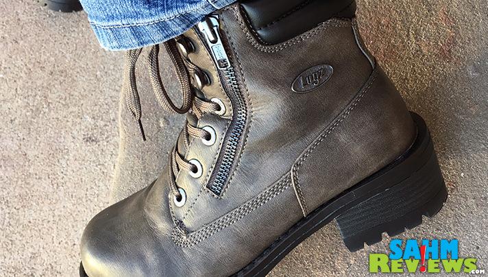 Check out the fashionable zipper in the Lugz Flirt Hi Zip boots. - SahmReviews.com