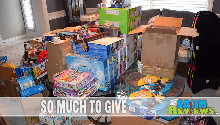 Philanthropic Friday: Holiday Giving