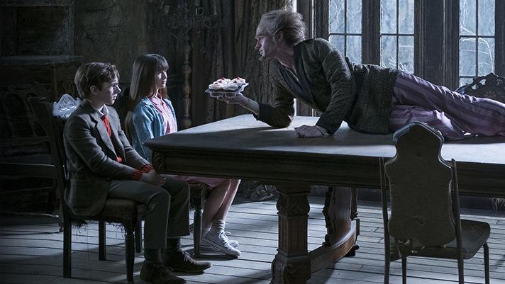 Family viewing gets dark with Netflix Original Lemony Snicket's A Series of Unfortunate Events. - SahmReviews.com