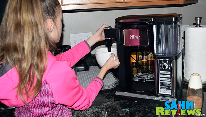 Make your own coffee-house drinks with the Ninja Coffee Bar! - SahmReviews.com