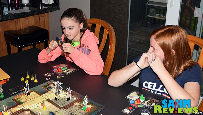 Were you a fan of Legends of Sleepy Hollow on FOX? Greater Than Games has a brand new board game that lets us continue the series on our own! - SahmReviews.com