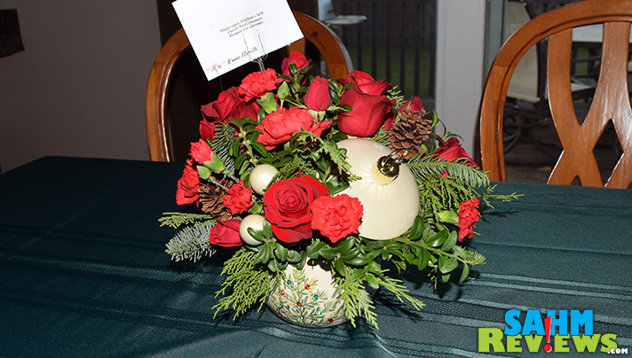 Brighten up the holidays with Teleflora holiday bouquets. Available in a variety of colors and designs to fit your recipient's personality. - SahmReviews.com