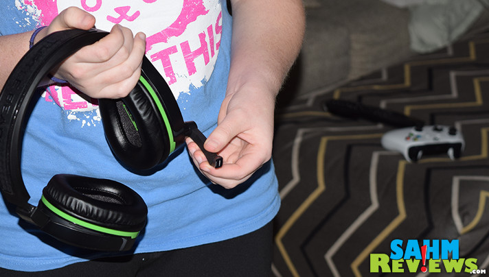 A small area is bad when you're trying to work with noise in the background. This new Turtle Beach Stealth 700 Headset solved our noise pollution issue! - SahmReviews.com
