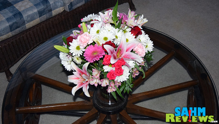 Give the gift of flowers this Valentine's Day with one of the beautiful holiday bouquets from Teleflora. - SahmReviews.com