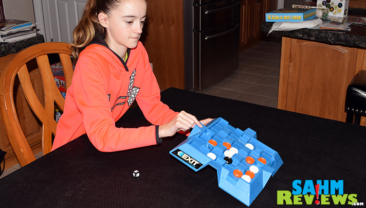 Most games you don't want to bump the board. Exit by Milton Bradley asks you to lift it off the table to move your pieces! Find out more about this week's Thrift Treasure find! - SahmReviews.com