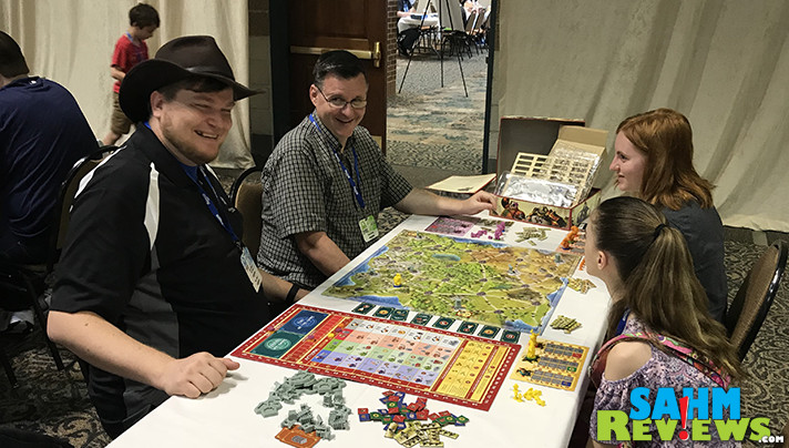 It's out today, but we've already played it (and were taught by none other than Tom Vasel)! Check out CMON's newest sure-to-be-a-hit game, Way of the Panda! - SahmReviews.com