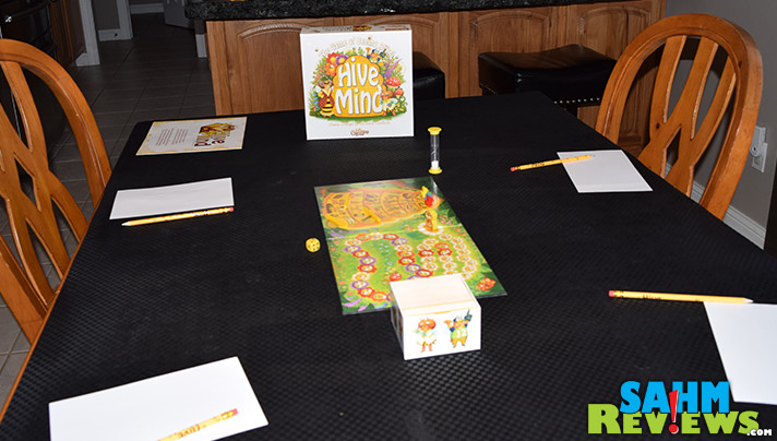 Hive Mind party game from Calliope Games is for 3 or more players. The more people, the better! - SahmReviews.com
