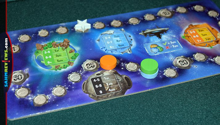 Fast-paced puzzle skills are required to build patterns and score points in Cosmic Factory from Gigamic. - SahmReviews.com