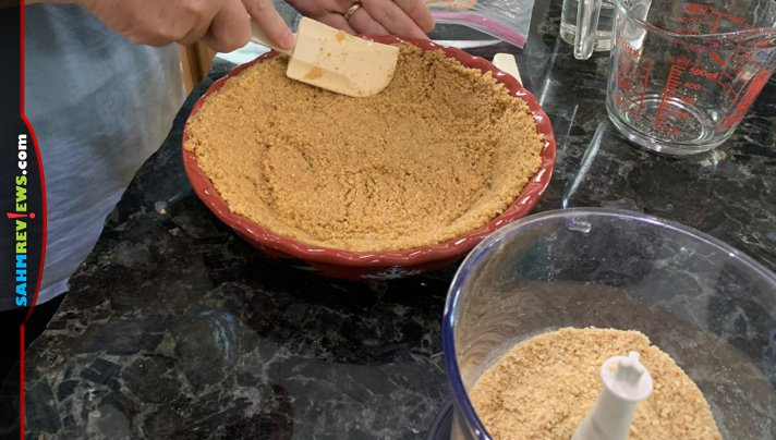 Want to bake a pie but don't have graham crackers in the cabinet? Head back to your pantry and grab ingredients to make a pie crust using Cheerios. - SahmReviews.com